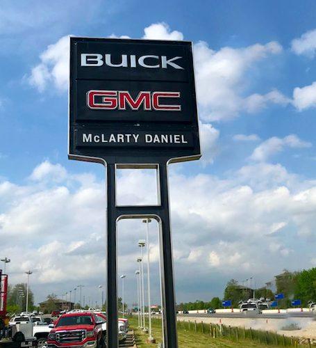 BUICK GMC Pylon
