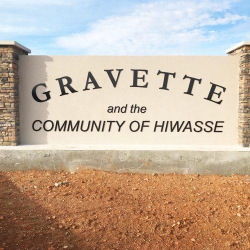 Gravette Monument